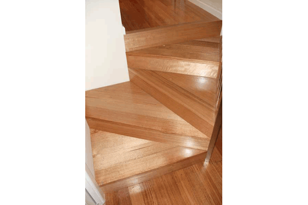 Custom staircases13